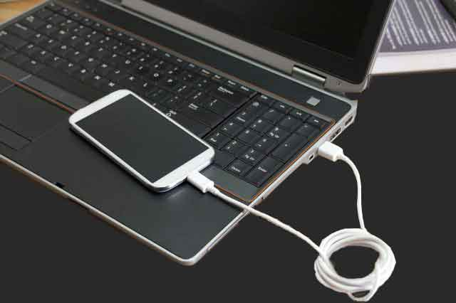 USB cpnnected phone